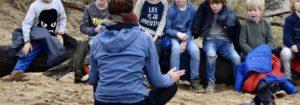 dit outdoor survivalfeestje heet de vuurbewaker